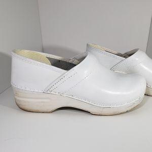 Dansko White Leather Professional Clogs 38,7.5-8
